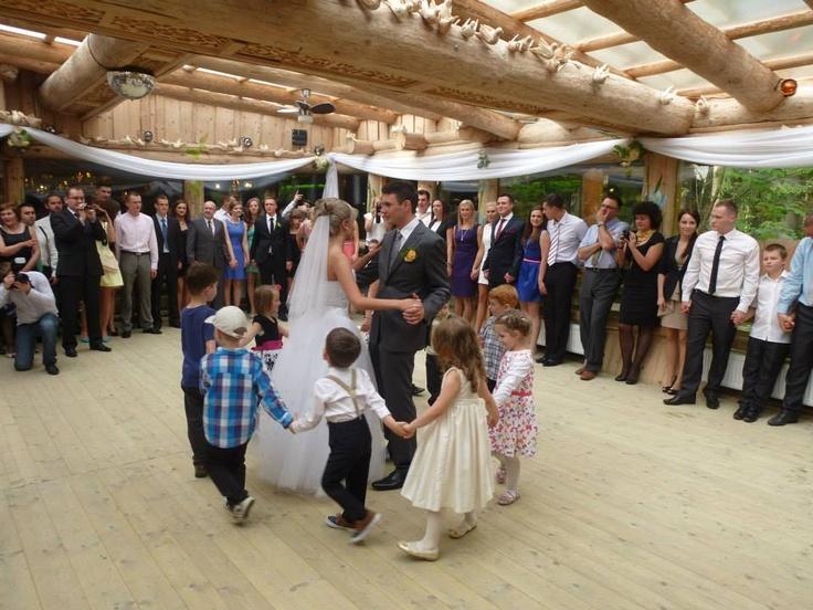 Dzieci na weselu 1