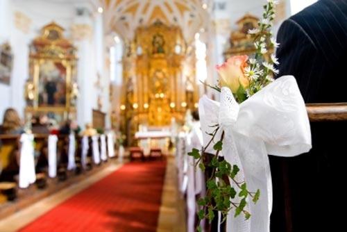 Ślub - dekoracje kościoła 7