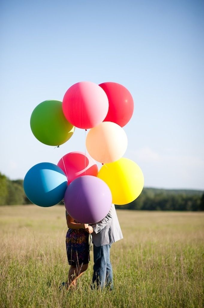 Sesja narzeczeńska z balonami 3