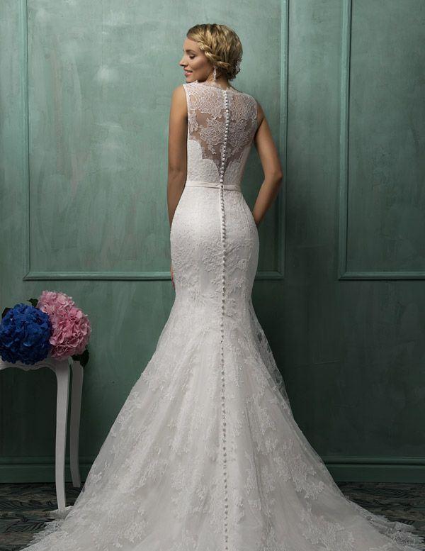 Suknia z koronkami 2