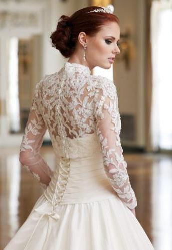 Suknia z koronkami 6