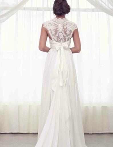 Suknia z koronkami 8