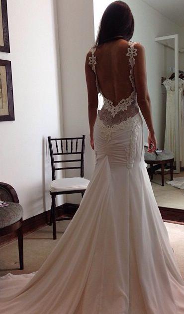 Suknie bez pleców