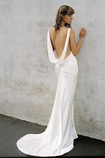 Suknie bez pleców 9