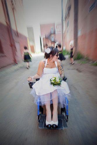 Nietypowe pojazdy ślubne 3