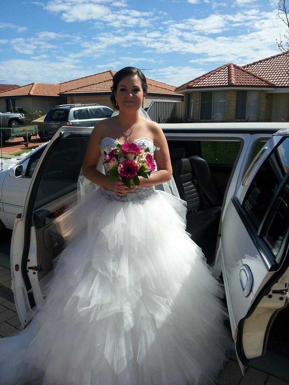 Suknia ślubna księżniczka (2)