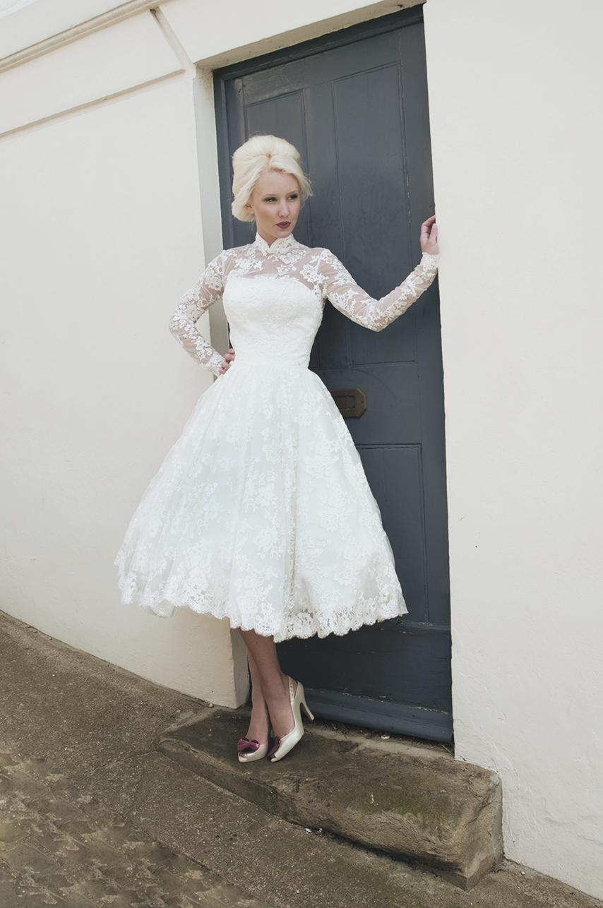 Krótkie suknie ślubne (12)