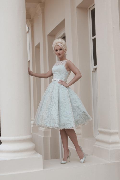 Krótkie suknie ślubne (16)