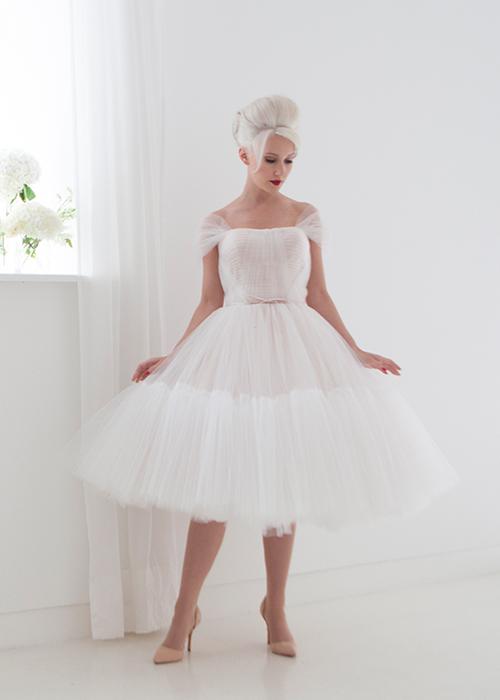 Krótkie suknie ślubne (18)