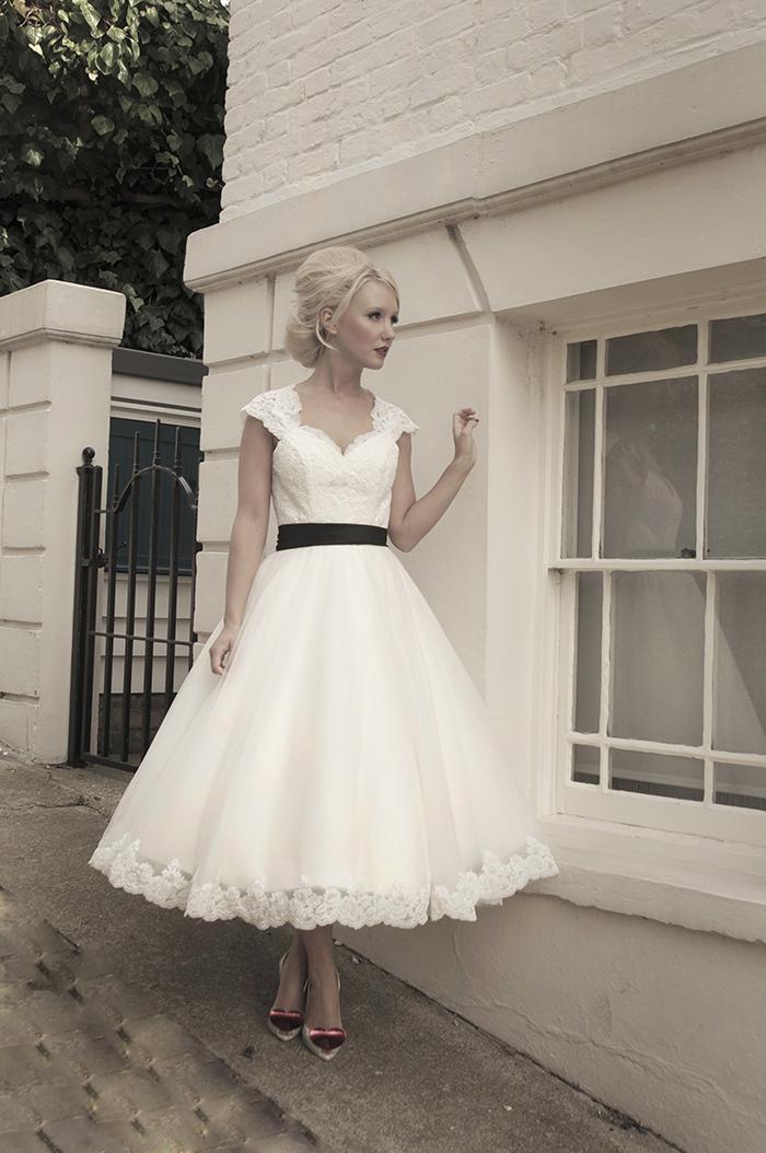 Krótkie suknie ślubne (3)