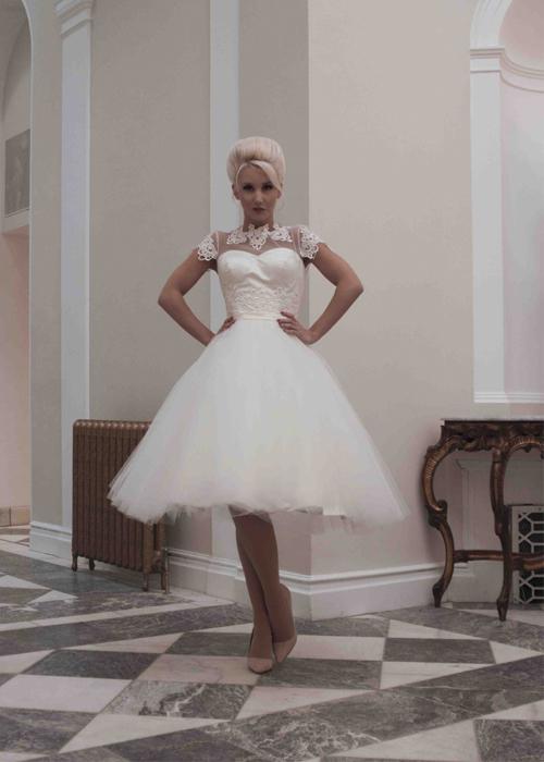 Krótkie suknie ślubne (8)