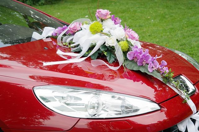 Dekoracje na auto do ślubu (4)