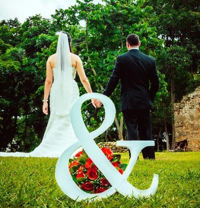 Moda ślubna, czyli coś dla Pana i Pani Młodej.