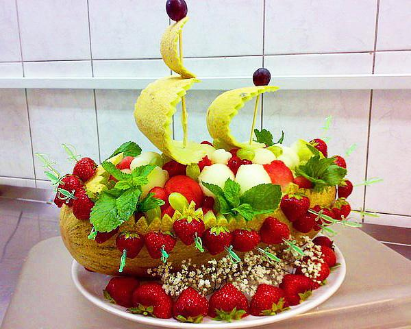 Dekoracje z owoców 3