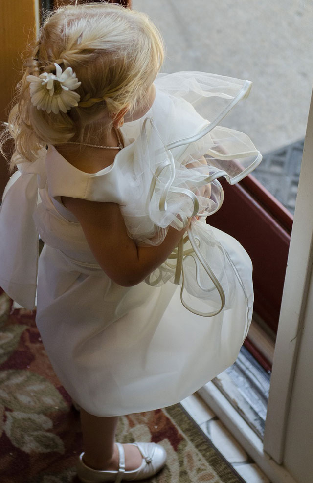 Dzieci obrączki ślub (2)