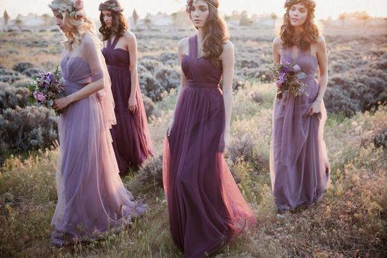 Druhny w bardzo podobnych sukienkach
