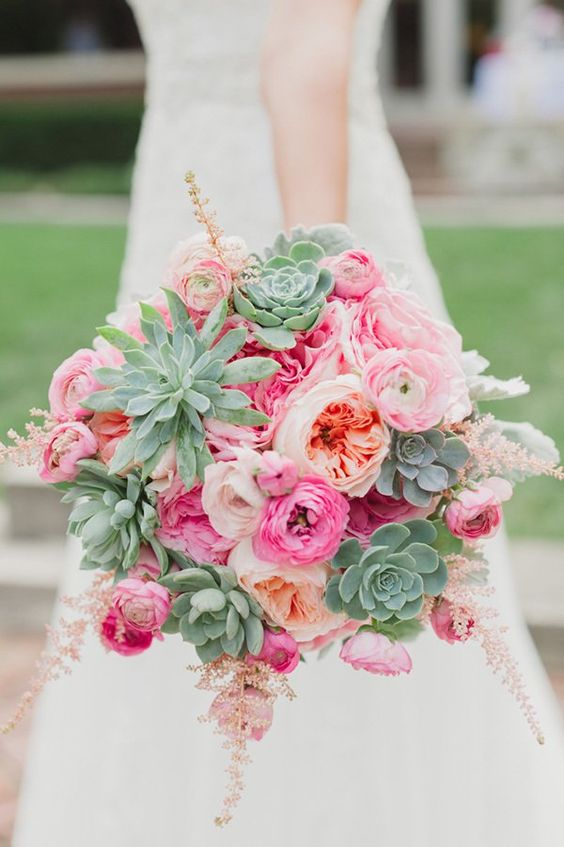 bukiet ślubny sukulenty z różami