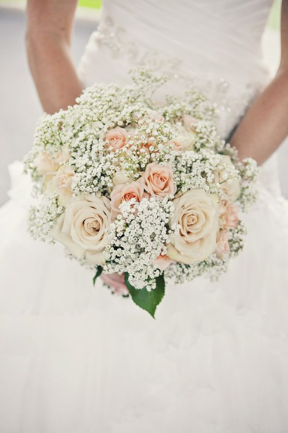 bukiet ślubny w stylu rustykalnym