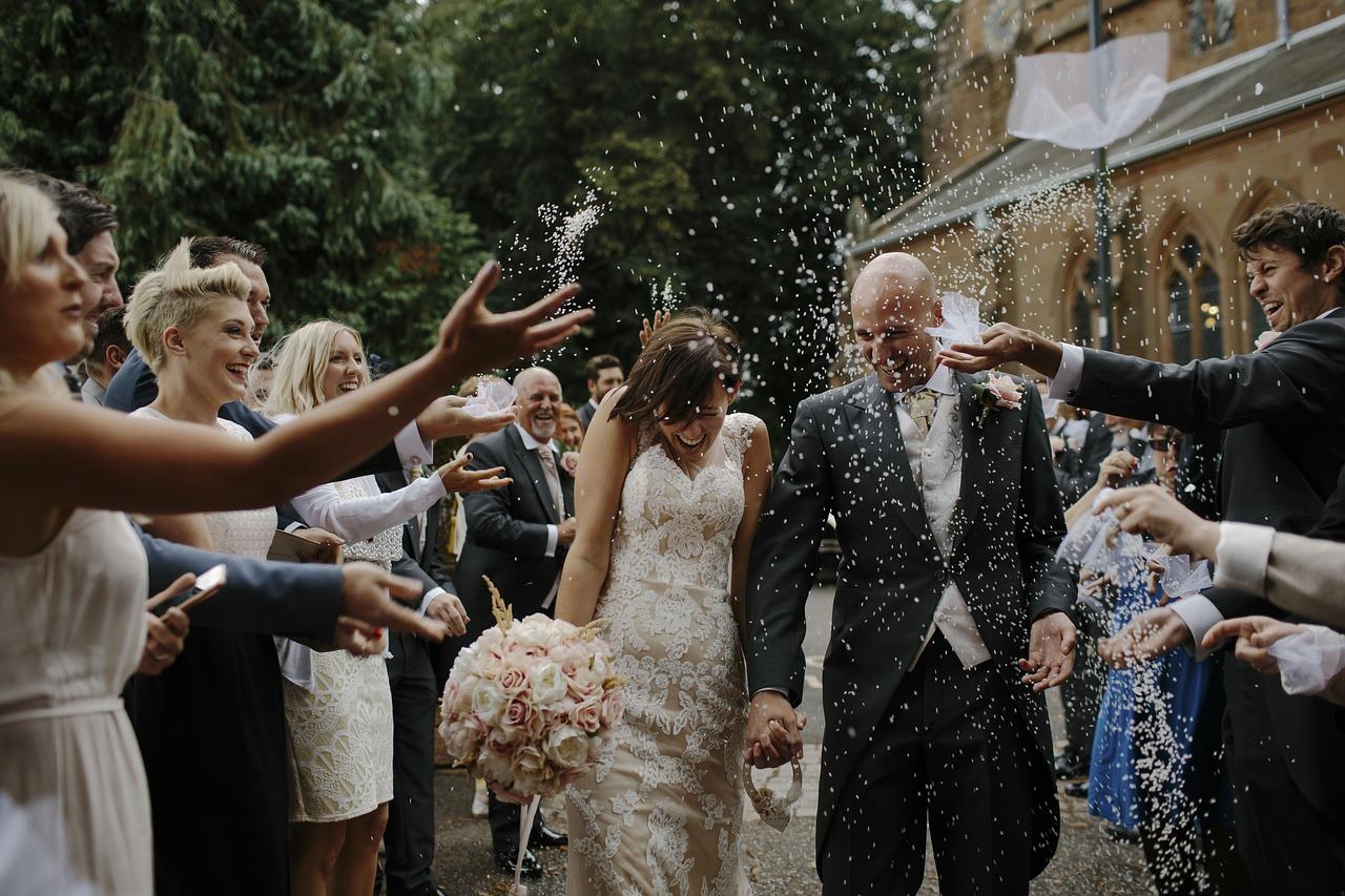 Jak ubrać się na ślub i wesele