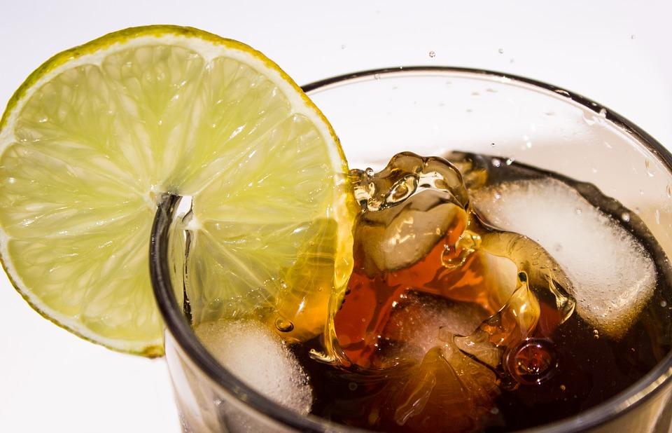 Napoje typu cola