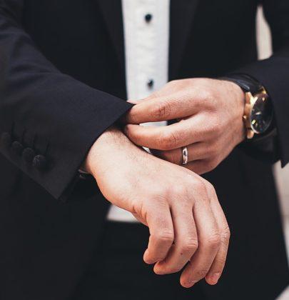 Oryginalne dodatki ślubne dla stylowego Pana Młodego