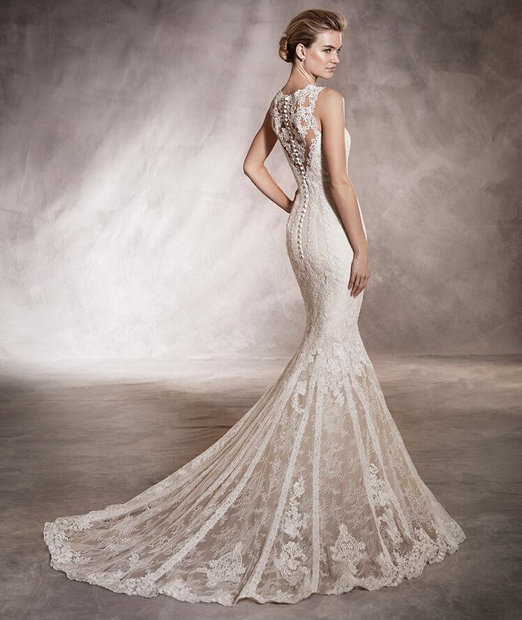 suknia ślubna figura klepsydra