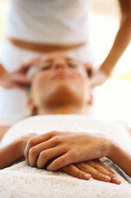 relaksujący masaż na przedślubny stres